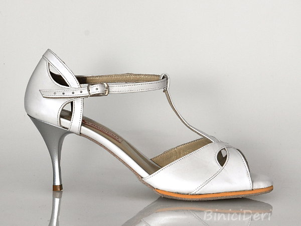 Bridal shoe - White tango butterfly
