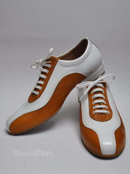 Men's sporty tango shoe - white patent leather & honey brown